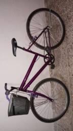 Bicicleta feminina semi nova