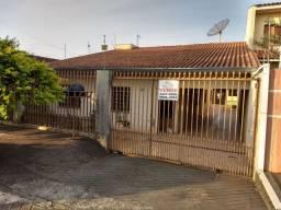 Excelente residência próximo aos colégios em Apucarana