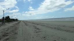 Oportunidade na praia de panaquatira de frente para o mar!