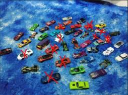 Carrinhos Hotwheels 36 Unidades