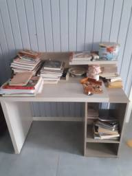 Mesa computador escrivaninha