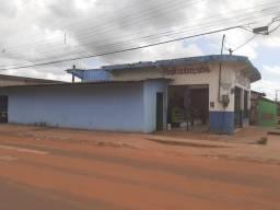Casa c/ ponto comercial e maquinários p/ padaria