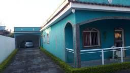 R$320,000 Casa 3 quartos 1 com Suíte no Outeiro das Pedras, Piscina e Churrasqueira