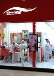 Auxiliar de Estética Em Centro Estético no shopping Grand Plaza