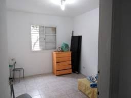 Aluga- se um quarto com tudo incluso no bairro do Ipiranga , próximo ao metrô