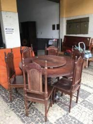 Mesa 6 cadeiras macanaiba
