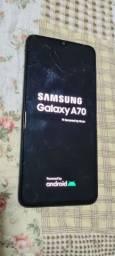 Samsung A70 - Usado - visor trincado