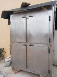 Geladeira frigobar usada
