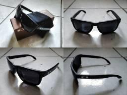 Óculos Oakley modelo Holbrook (Novo, sem uso) Na embalagem