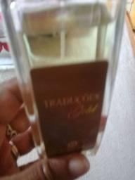 Vendo um perfume original traduções Gold Hinode