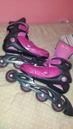 Vendo um patins.