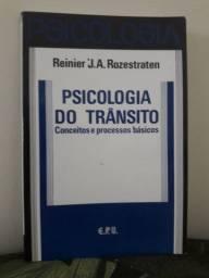 Livro Psicologia do Trânsito - conceitos e processos básicos