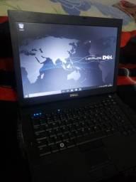 Notebook Dell i5 com 320giga 4 de ram uso ligado na tomada bateria viciada