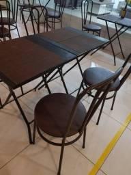 Jogo de Mesas e Cadeiras de ferro - Ótimo estado!