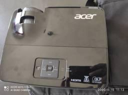 Projetor Acer, 4000 Lumens, WXGA, HDMI, USB - X1326AWH USADO POUCAS VEZES