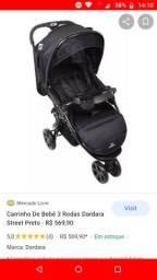 Carrinho de bebê marca dardara de 3 rodas.