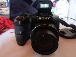 Câmera Semi -Profissional Sony, Pouco tempo de Uso.