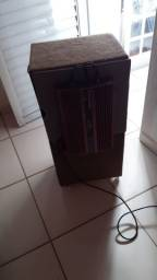 Caixa de som muito conservada
