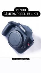 CÂMERA CANON T5 + lente de kit 18-55mm + bateria e carregador.