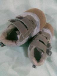 Lote de calçados BB menino