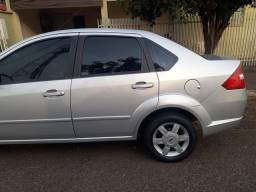 Fiesta 2006 Sedan 1.6 Completo Flex