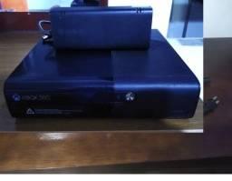 XBOX 360 2014 travado funcionando perfeitamete