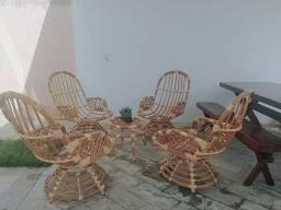 Conjunto de Cadeiras + Centro