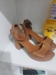 Sapato Salto Bloco Tam 38