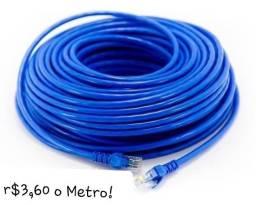 Temos cabo de rede na metragem que vc precisar r$3,60 o Metro!
