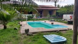 Casa com piscina em Eunápolis - BA, bairro Sapucaeira