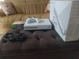 Xbox one c/ 4 jogos