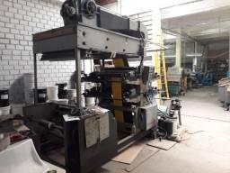 Máquina flexográfica para impressão de bobinas de papel