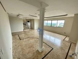 Linda Cobertura Duplex, com 2 Suítes e 2 Quartos, 407 m², Piscina Privativa, no Centro de