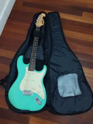 Guitarra Memphis by Tagima MG32 + Semi Case Juninho Afram.