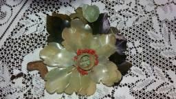 Flor feita de baquelite
