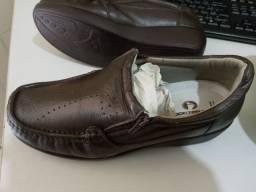 Mocassim Feminino em Couro Doctor Shoes para diabético.