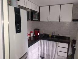 Apartamento 2 quartos sala cozinha área serviço banheiro