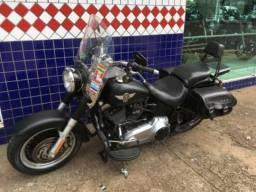 Harley Davidson F.L.S.T.F.B 2011
