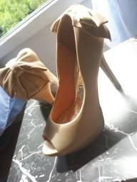 Sapato Vizzano laço