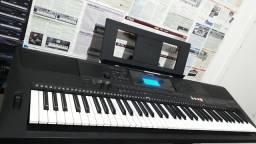 Teclado Yamaha EW400  6/8