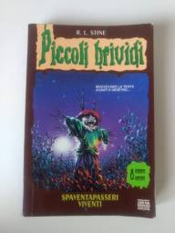 Livro em italiano Spaventapasseri viventi. Piccoli brividi