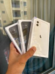 iPhone 11 64GB Lacrado , 1 Ano de Garantia Apple Pronta Entrega