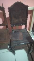 Cadeira dos anos 40