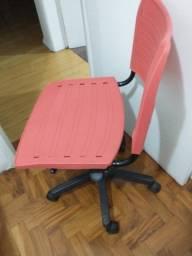 Vendo cadeira giratória para computaor