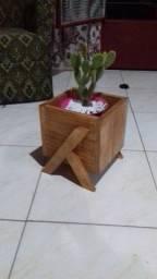 Floreira de Madeira