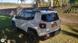 Jeep Renegade Trailhawk 2.0 turbo diesel 4x4 cambio c/3 sistemas  particular