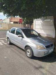 Corsa 1.8 ar condicionado/ Direção hidráulica 2005