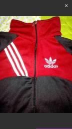 Vendo essa jaqueta nova da adidas