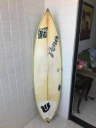 "Prancha de Surf BF 5'10"" Usada"