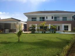 Casa no Condomínio Encontro das Águas com 5 suites